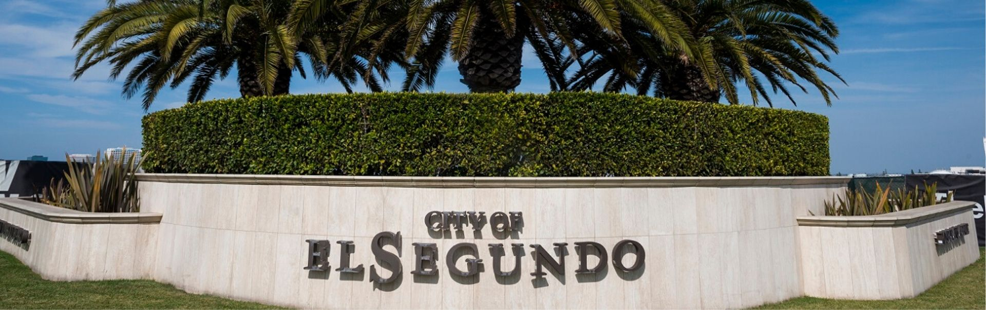 City of El Segundo Welcome sign w trees